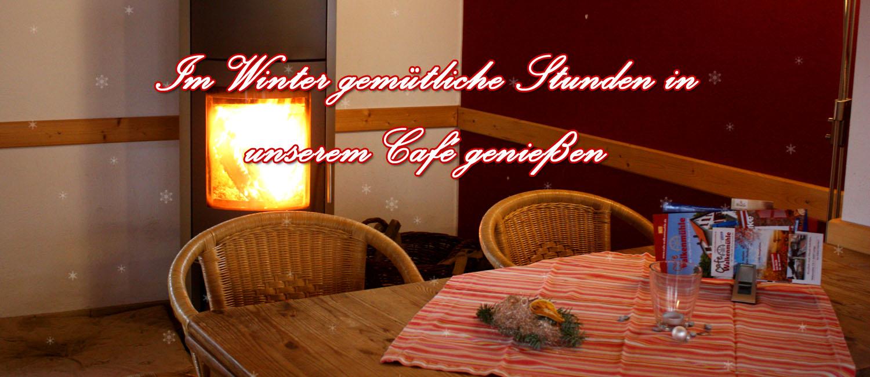 Kaminfoto vom Innenraum des Café Walkenmühle